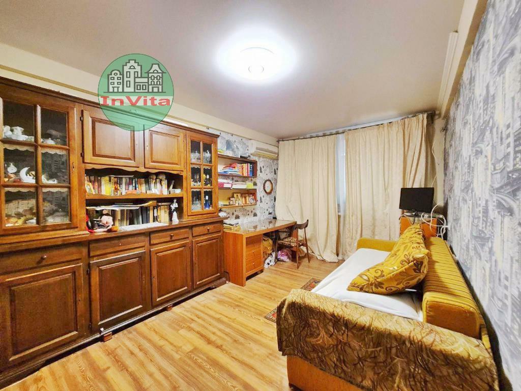Продажа 2-комнатной квартиры, Севастополь, Генерала Хрюкина ул,  5