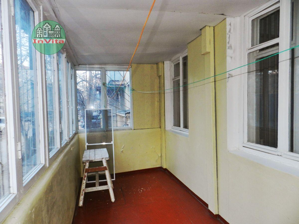 Продажа 2-комнатной квартиры, Севастополь, Генерала Острякова пр-кт,  45