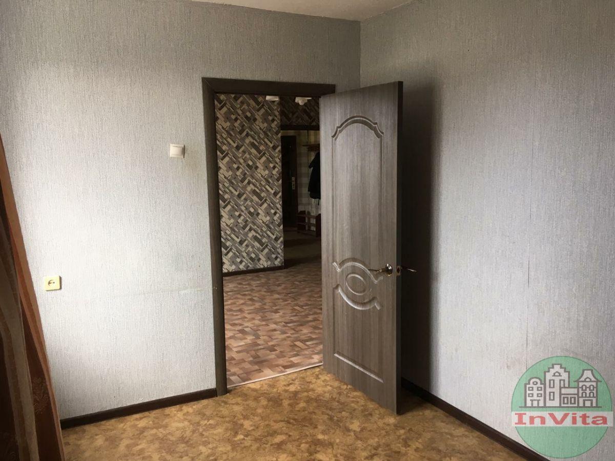 Продажа 4-комнатной квартиры, Севастополь, Павла Корчагина ул,  8